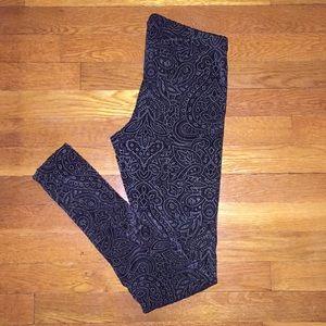 Urban Outfitters Printed Black Velvet Leggings